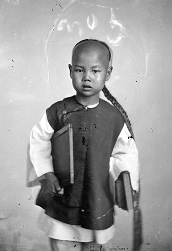 Cantonese school boy - The Russell-Cotes Art Gallery & Museum autumn exhibition China through the lens of John Thomson (1837 – 1921) - Credit The Wellcome Library, London