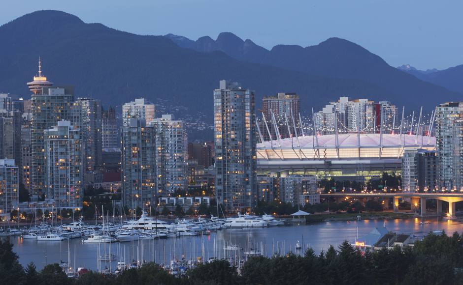 Vancouver city skyline at night - Credit Destination BC/Albert Normandin