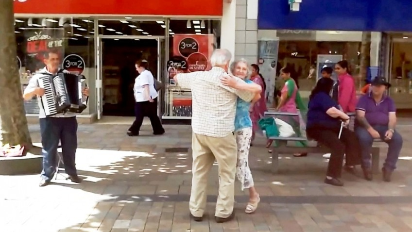 Strictly come busking