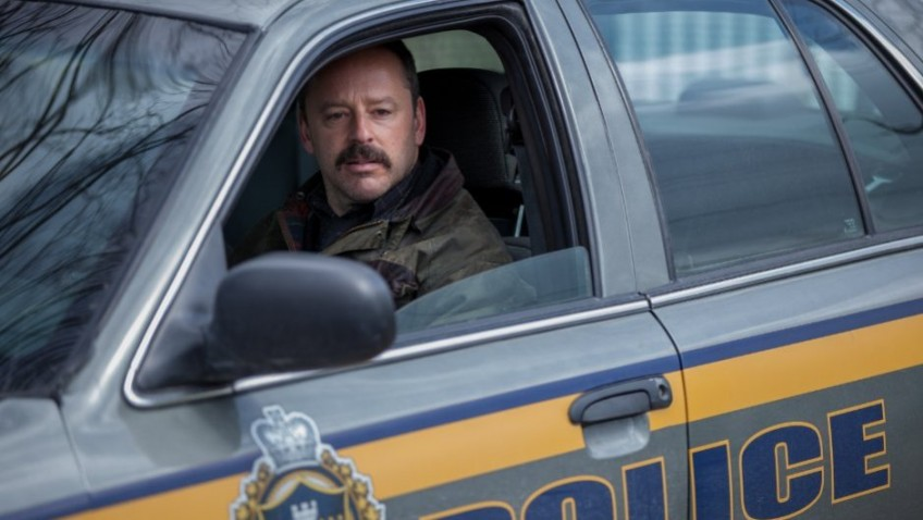 A hard-drinking cop thriller in The Calling