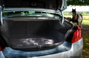 Peugeot 5085