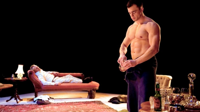 Actors stripped to the buff have a Whale of a time