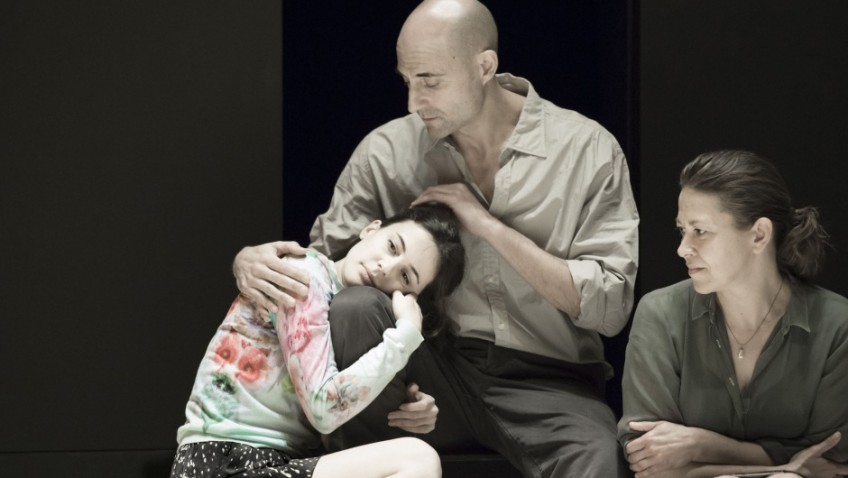Arthur Miller's masterpiece transfers to the West End with Mark Strong's tremendous performance