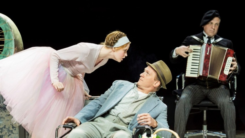 Cast and audience have a swell High Society party