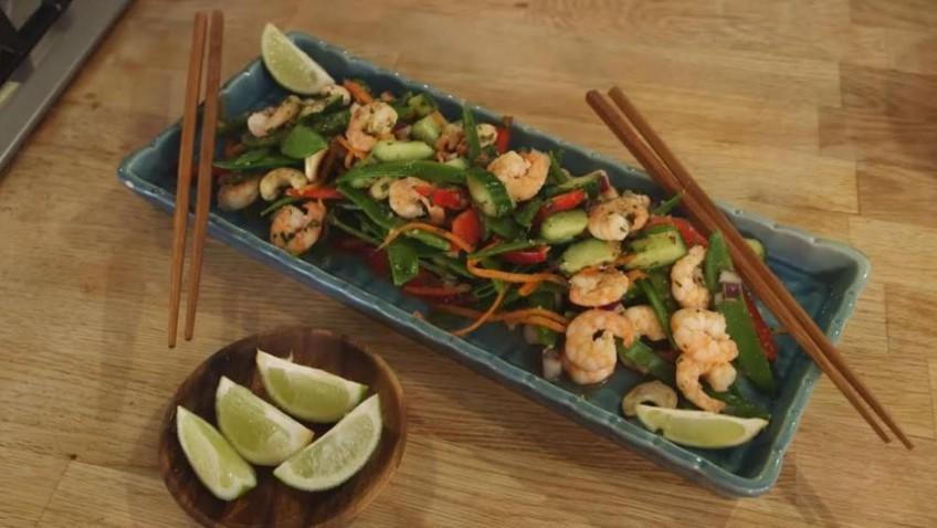 Summer Fresh Asian Prawn Salad