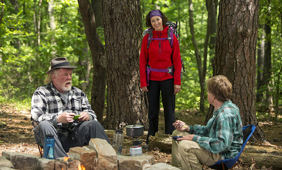Nick Nolte, Robert Redford and Kristen Schaal in A Walk in the Woods - Photo by Frank Masi, SMPSP - Copyright Broad Green Pictures - Credit IMDB