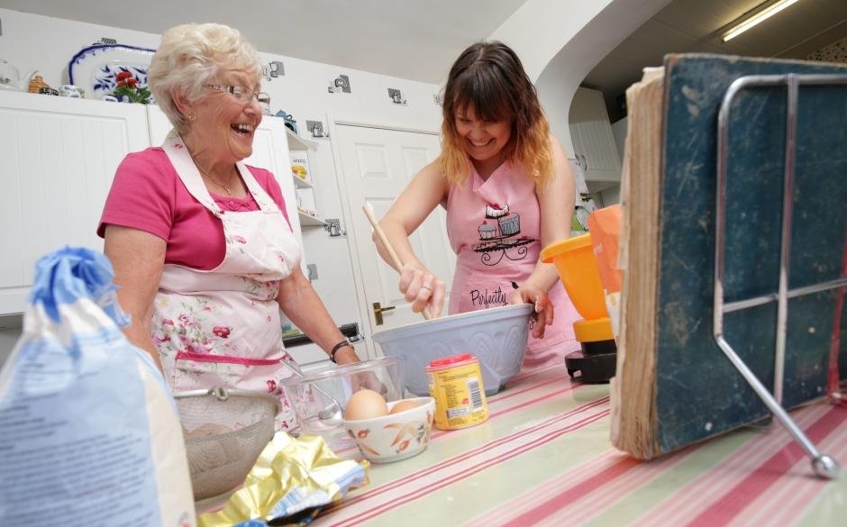 L-R_Eileen_Helen_Cooking