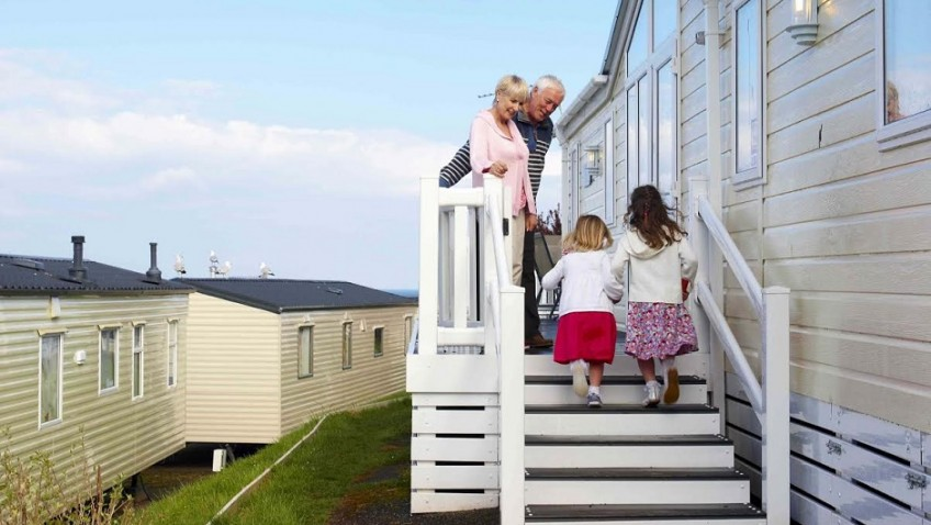 Top tips for multi-generational holidays with grandchildren