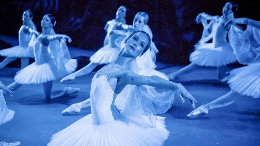 An interesting, if not altogether enlightening, glimpse inside a Bolshoi Ballet scandal.