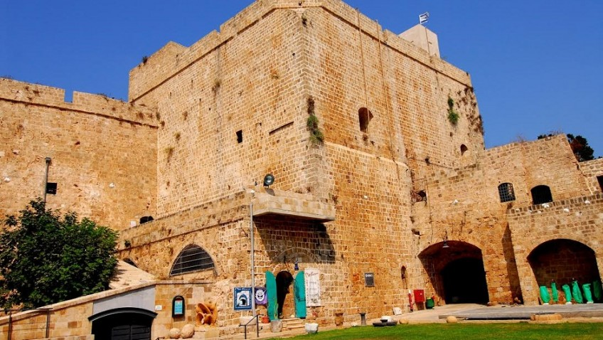 Discovering the buried Crusader city of Acre