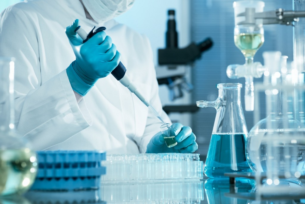 Laboratory - Science - Experiment  - Free for commercial use  No attribution required - Credit Pixabay