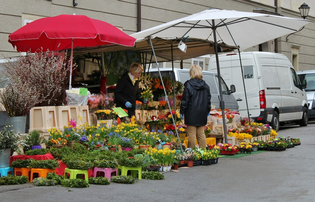 Market stall - Free for commercial use  No attribution required - Credit Pixabay