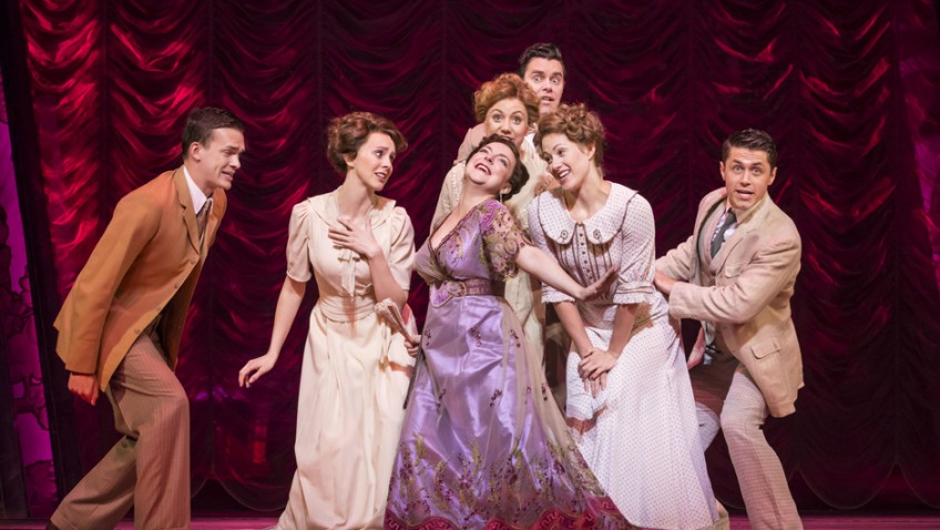 "Sheridan Smith plays Fanny Brice in revival of ""Funny Girl"""