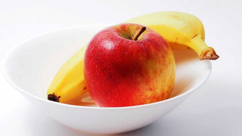 Fresh fruit lowers heart attack risk
