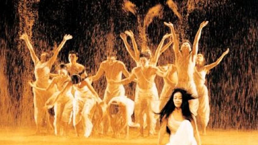Cloud Gate Dance Theatre of Tiawan perform a spiritual journey