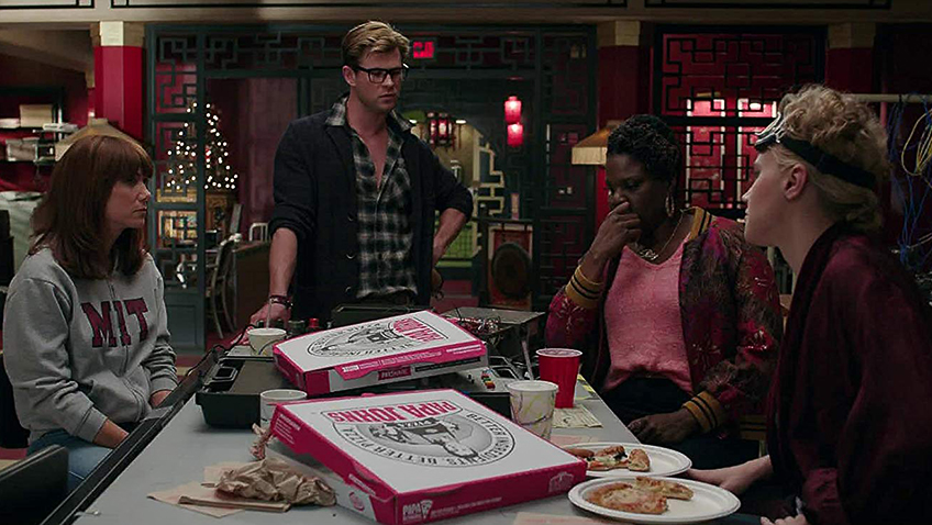 Kate McKinnon, Leslie Jones, Chris Hemsworth and Kristen Wiig in Ghostbusters - Credit IMDB