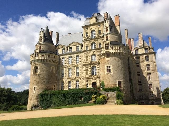 Charming chateaux, Chinon and fabulous cuisine – The Loire Valley