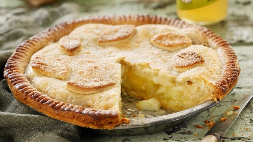 Spiced apple and ginger pie