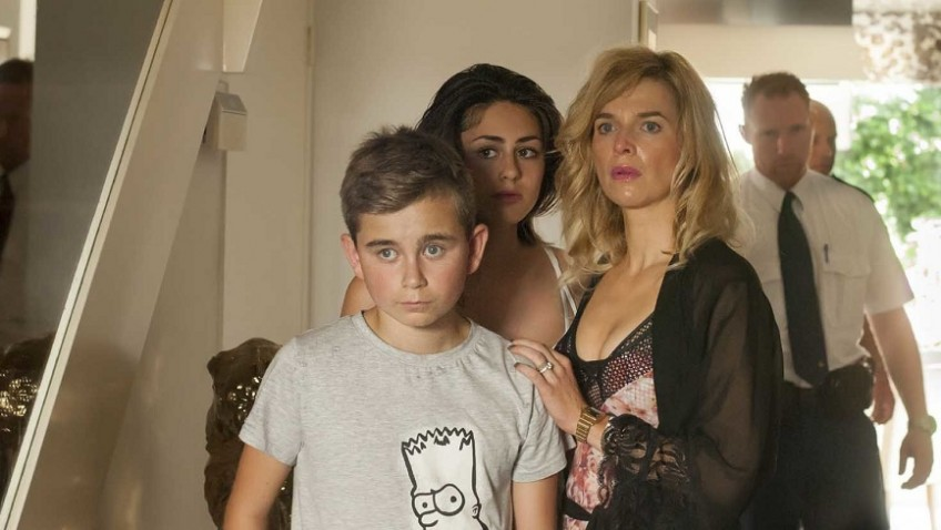 Thekla Reuten's strong performance as a drug dealer's wife out to save her family, cannot save this film