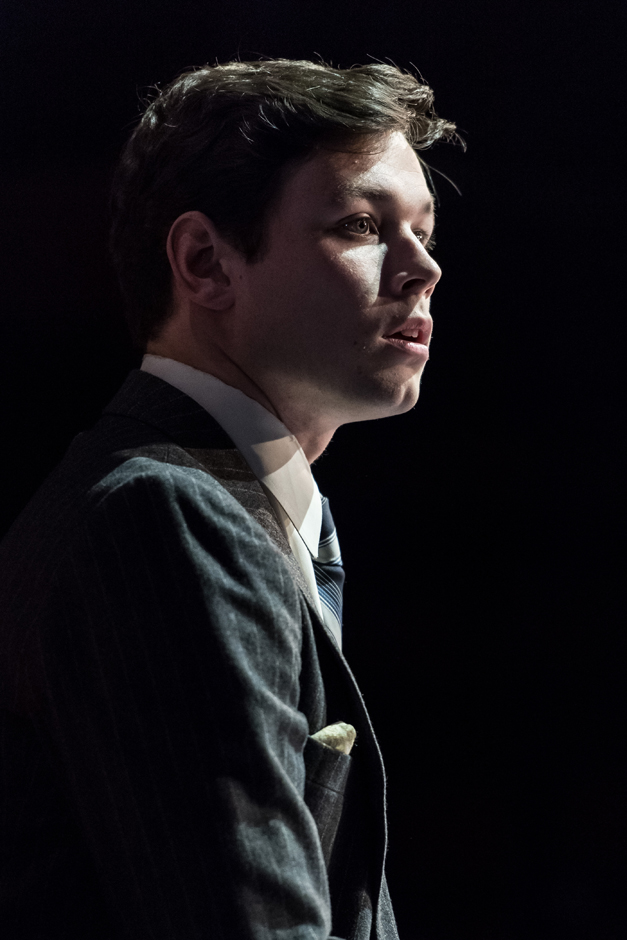 Sean Delaney (John) Labyrinth - Photo Manuel Harlan