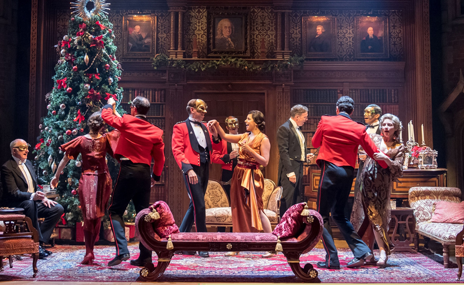 The Company of RSC and Chichester Festival Theatres - Much Ado About Nothing - Credit Manuel Harlan