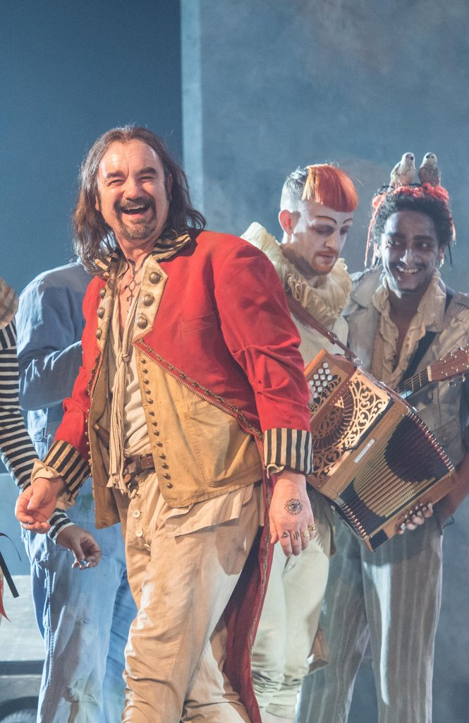 David Haig (The Player) in Rosencrantz and Guildenstern Are Dead - Credit Manuel Harlan