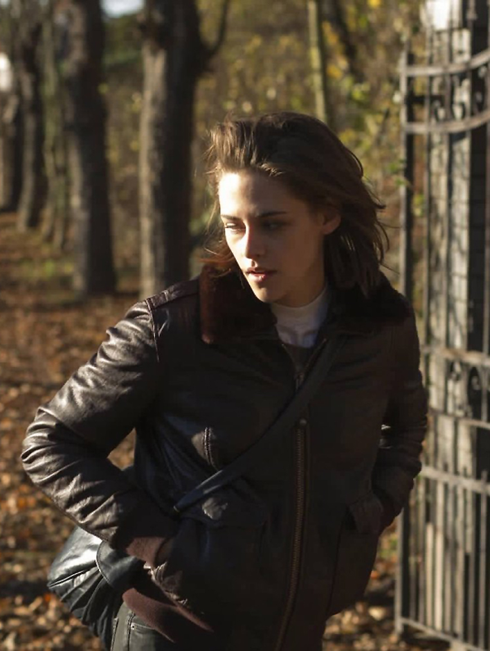 Kristen Stewart in Personal Shopper - Credit IMDB