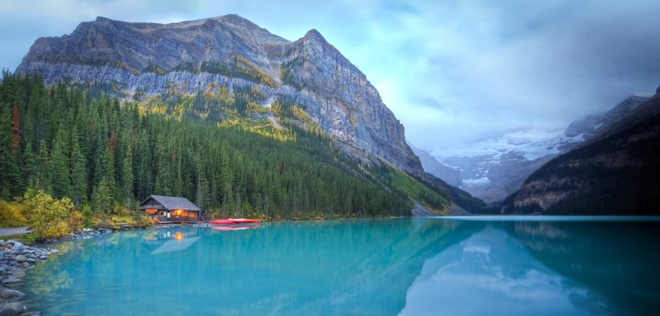 Lake Louise - Credit Banff Lake Louise Tourism & Paul Zizka