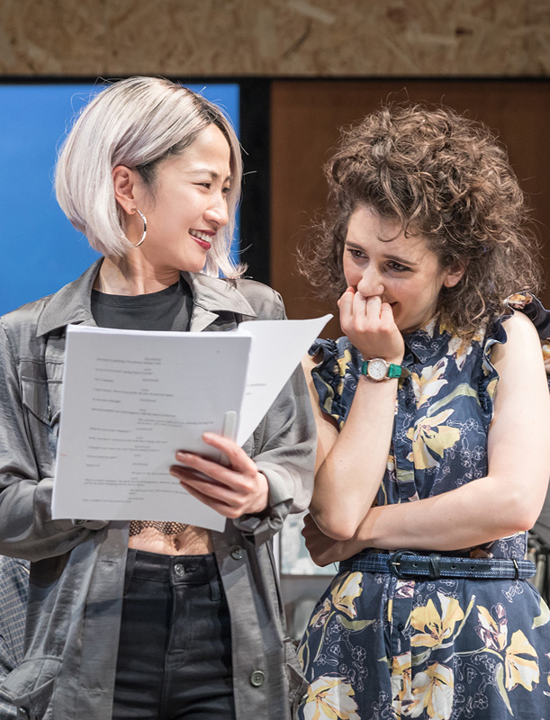 Kae Alexander and Ellie Kendrick in Gloria - Credit Marc Brenner