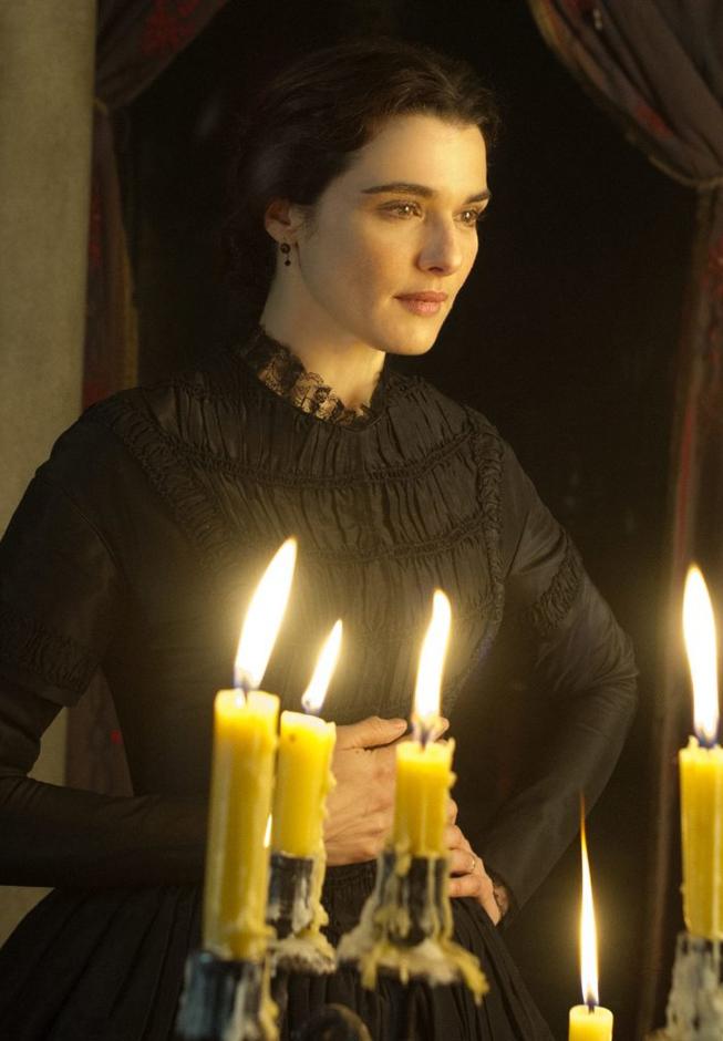 Rachel Weisz in My Cousin Rachel - Credit IMDB