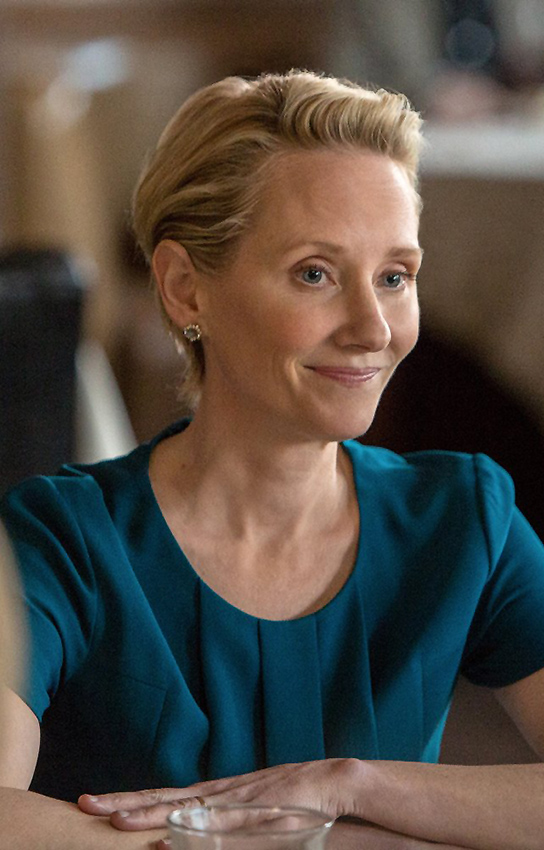 Anne Heche in The Last Word - Credit IMDB