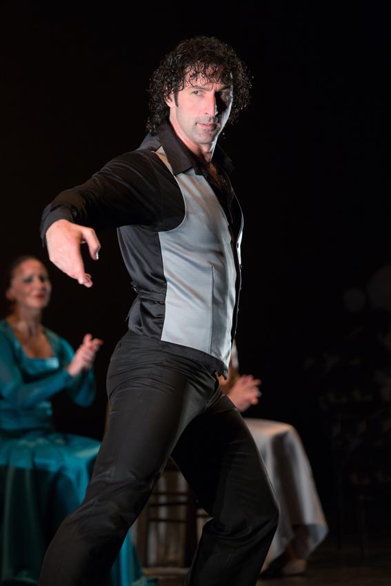 Angel Muñoz in Flamencura