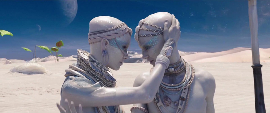 Aymeline Valade and Pauline Hoarau in Valerian and the City of a Thousand Planets - Credit IMDB