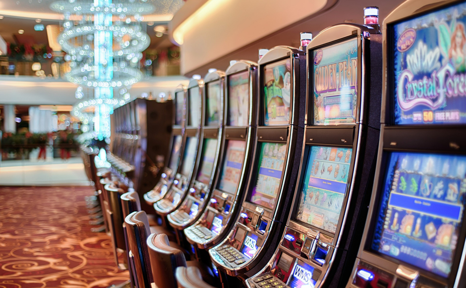 Slot machines - Gambling - Free for commercial use - No attribution required - Credit Pixabay