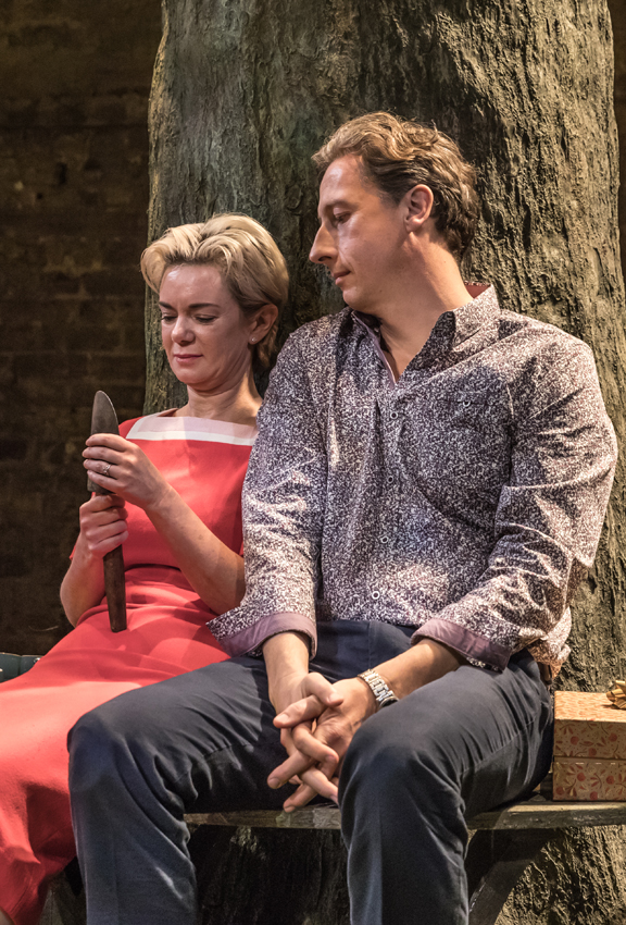 Victoria Hamilton and Nicholas Rowe in Albion - Credit Marc Brenner