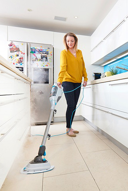 VAX Steam Fresh Power Plus - Cleaning kitchen floor