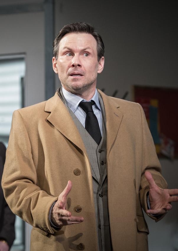 Christian Slater in Glengarry Glen Ross - Copyright Marc Brenner