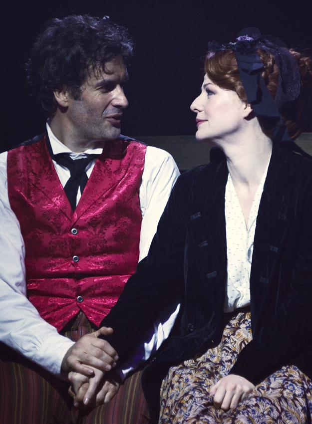 Marcus Brigstocke and Laura Pitt-Pulford in Barnum - Copyright Nobby Clark