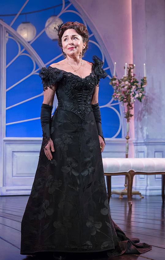 Samantha Spiro in Lady Windermere's Fan - Credit Marc Brenner
