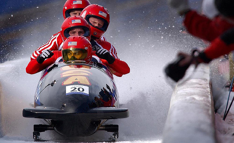 Bobsled - Winter sports - Free for commercial use No attribution required - Credit Pixabay