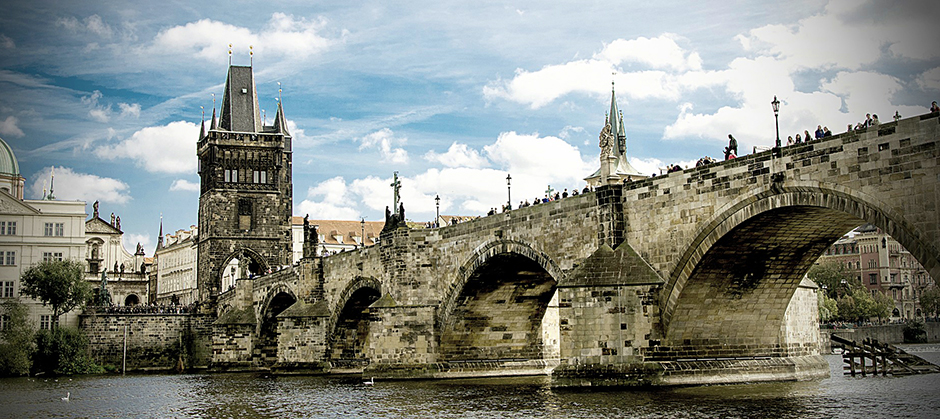 Charles Bridge - Prague - Czech Republic - Free for commercial use No attribution required - Credit Pixabay