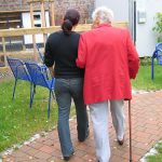 5 ways to communicate with a loved one living with dementia