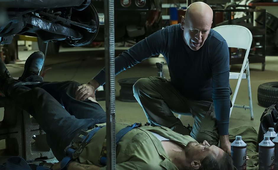 Bruce Willis and Ronnie Gene Blevins in Death Wish - Credit IMDB