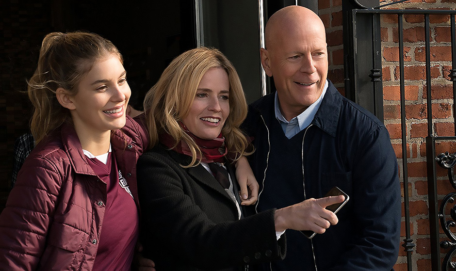 Elisabeth Shue, Bruce Willis and Camila Morrone in Death Wish - Credit IMDB