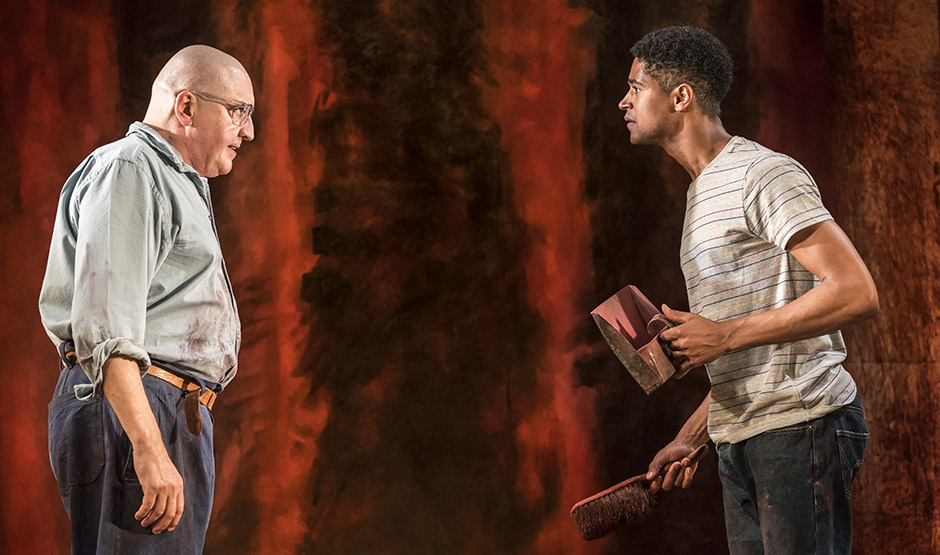 Alfred Molina and Alfred Enoch in Red - Credit Johan Persson