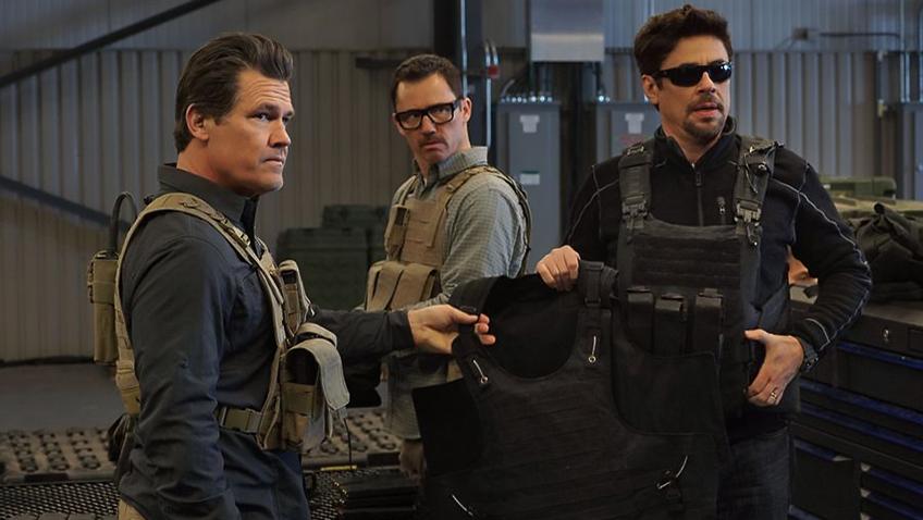 Josh Brolin, Benicio Del Toro and Jeffrey Donovan in Sicario 2: Soldado - Credit IMDB