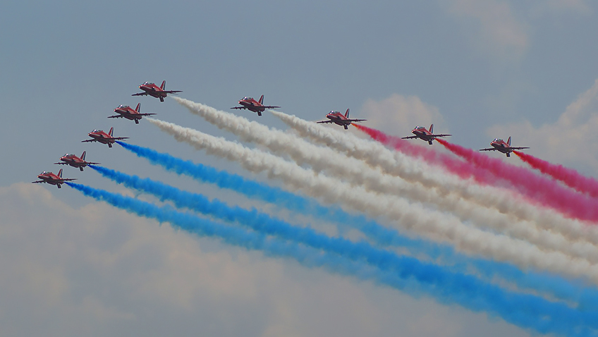 The Red Arrows - Free for commercial use - No attribution required - Credit Pixabay
