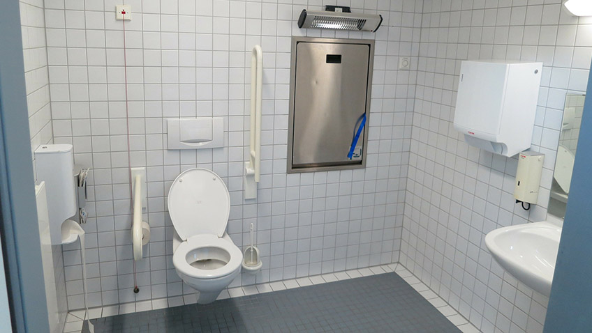Disabled toilet - Free for commercial use - No attribution required - Credit Pixabay