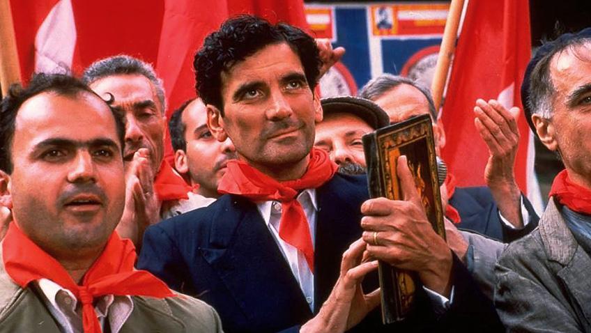 Massimo Troisi in Il Postino: The Postman - Credit IMDB