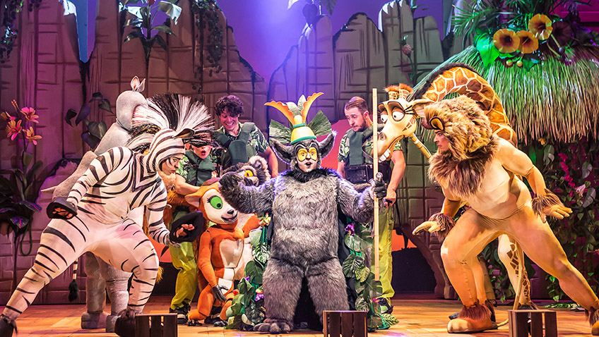 Jo Parsons, Antoine Murray-Straughan, Jamie Lee-Morgan, Brandon Gale and Timmika Ramsay in Madagascar the Musical - Credit Scott Rylander